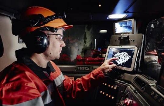 trabajadores-empresas-mineria